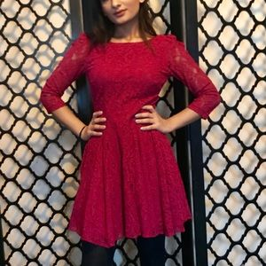 Pink lace dress 3/4 sleeve with plunge back